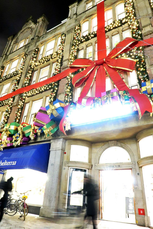Amsterdam Christmas decorations.jpg